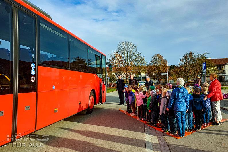 Hoevels-Schulbussicherheit-Training-Seeon_2019_14